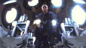 Branson di angkasa lepas
